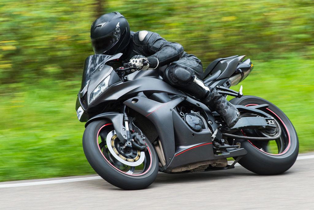 Sklep motocyklowy - cęści motocyklowe iodzież motocyklowa